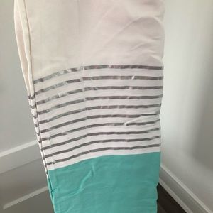 Bloomingdales Shower Curtain w/hooks and liners